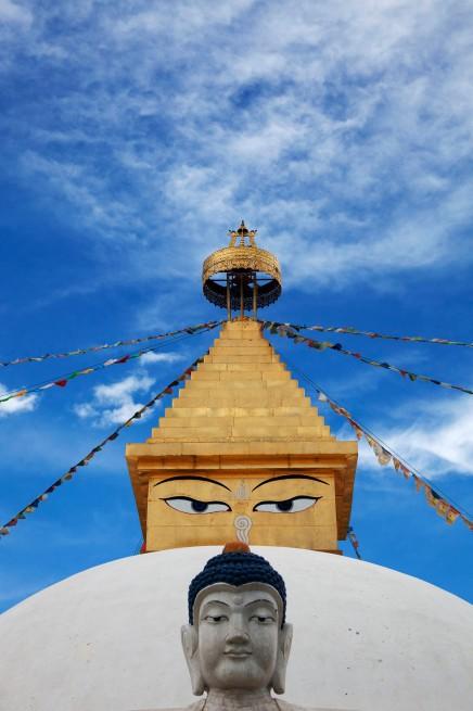 Амарбаясгалант Stupa with Bluddha