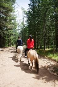Төвхөн хийд Red and Blue on Horses