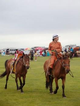 Хархорин Наадам Woman Rider