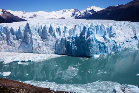 Perito Moreno Reflection DSLR