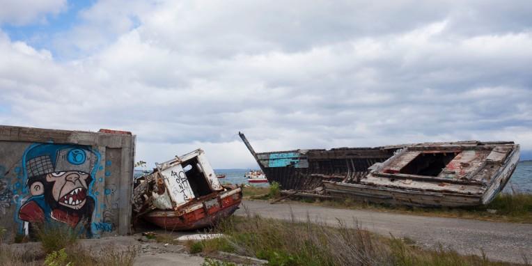 Shipwreck with Gorillaz