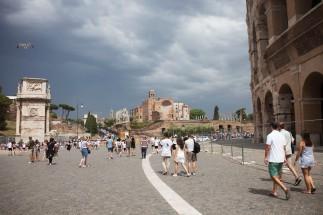 044 Colosseum Scene