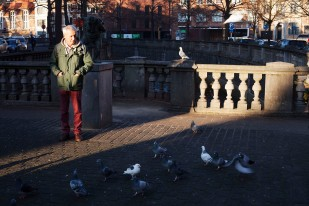 20 Man with Pigeons