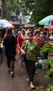 Myaynigone Market2