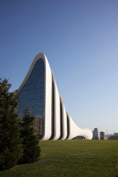 Zaha Hadid - Heydar Aliyev 1