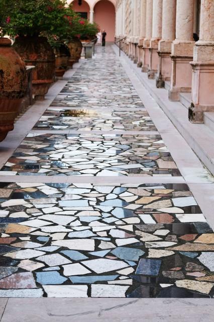 Ringling Tiles