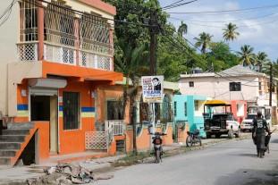 Samaná Calle Normal