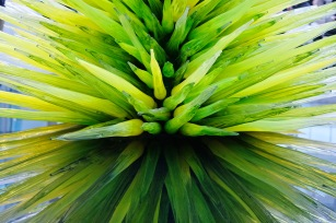 MFA Dale Chihuly - Lime Green Icicle Tower 1